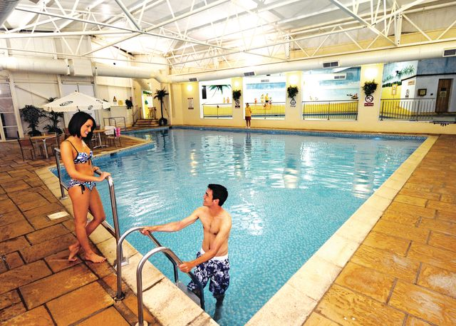 Ilfracombe holiday park in ilfracombe north devon - Holiday parks with swimming pools ...