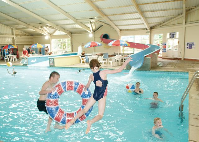 Holiday parks in wales welsh holiday parks for Holiday parks in north wales with swimming pool